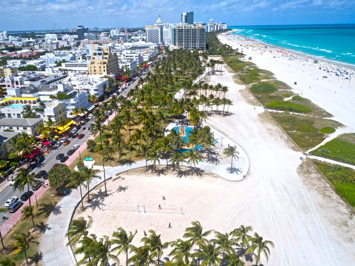 aerial photo of a beach in the city of Miami