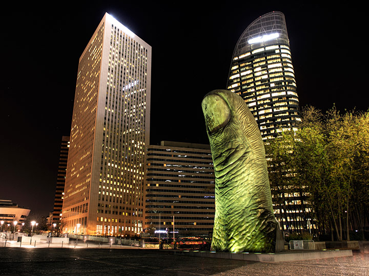 giant thumb sculpture