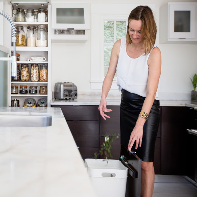 Life Without A Trashcan A Look Inside The Zero Waste Home