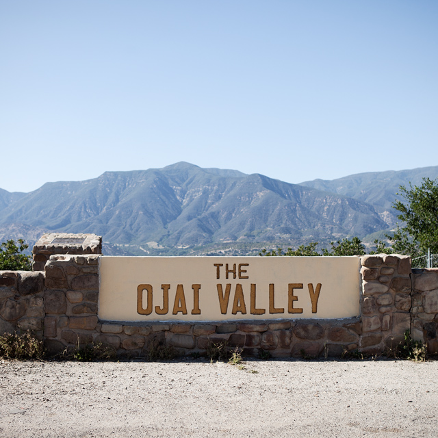 Ojai Valley sign with mountains in background