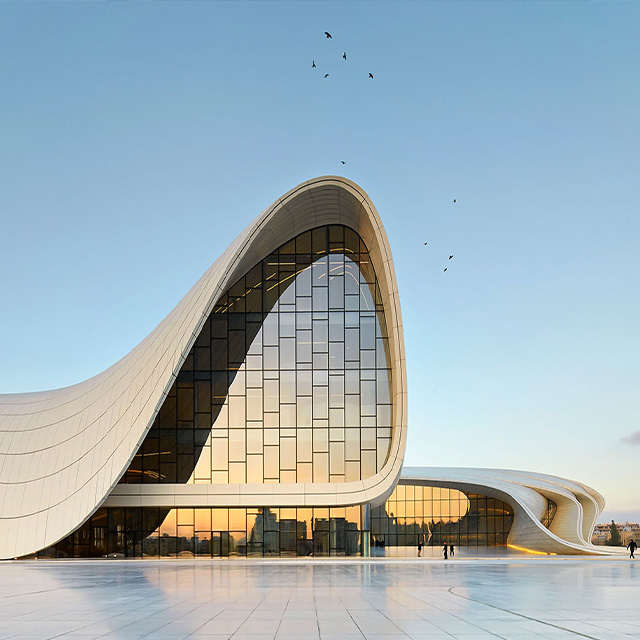 zaha hadid curved building