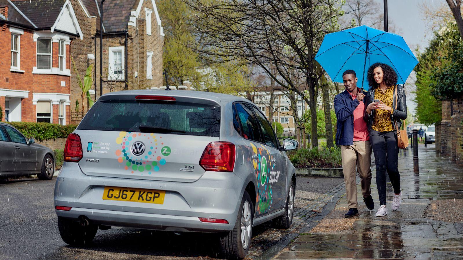 Couple booking a Zipcar flex