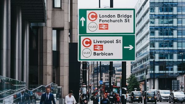 City of London ULEZ sign