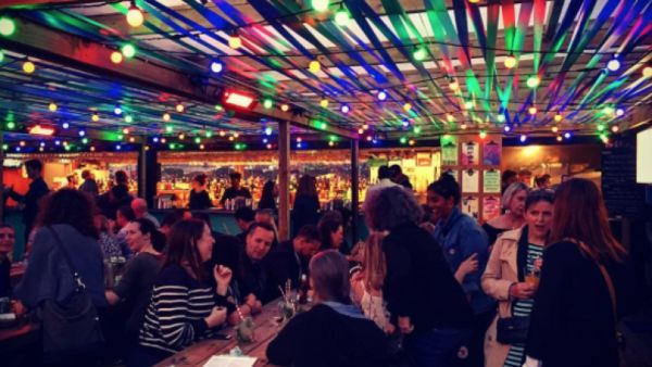 Bar Elba, Waterloo
