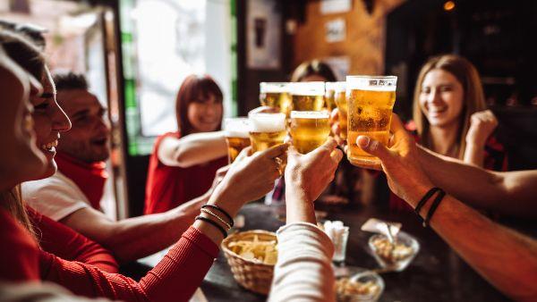 Group pub quiz