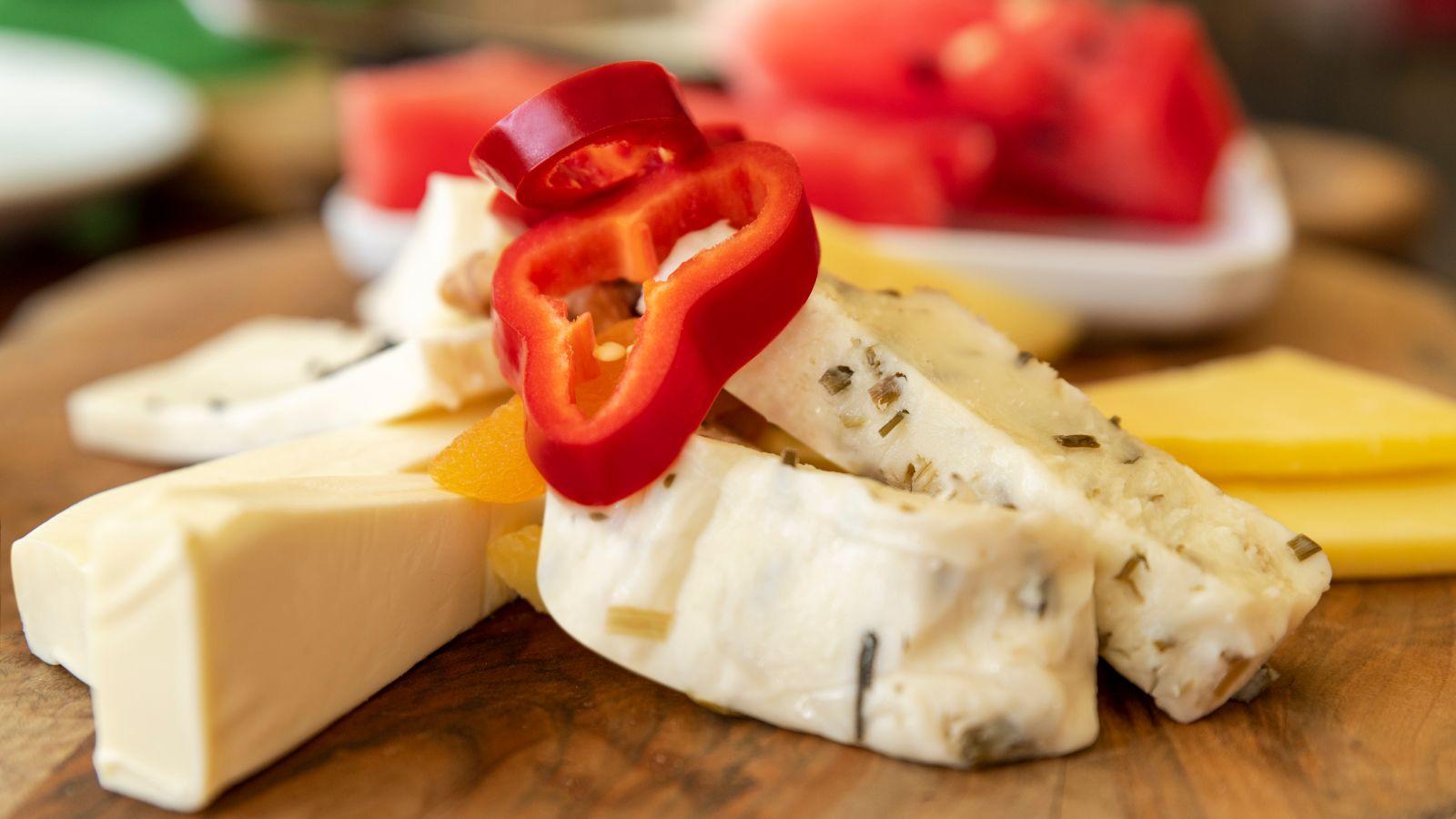 chillis on cheese