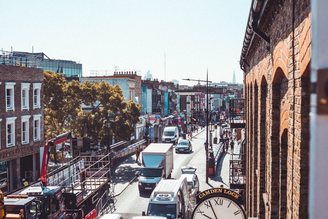 sunny london traffic